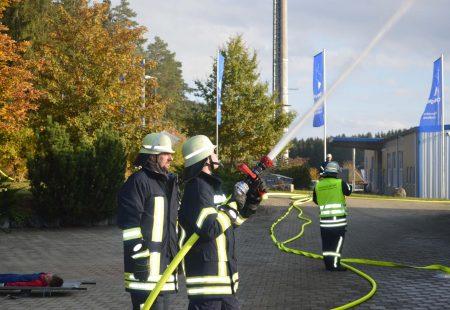 Jahreshauptübung 2106 Feuerwehr Eschbronn