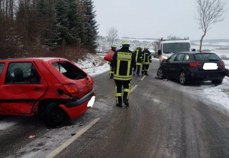 Feuerwehr Eschbronn im Einsatz nach Verkehrsunfall