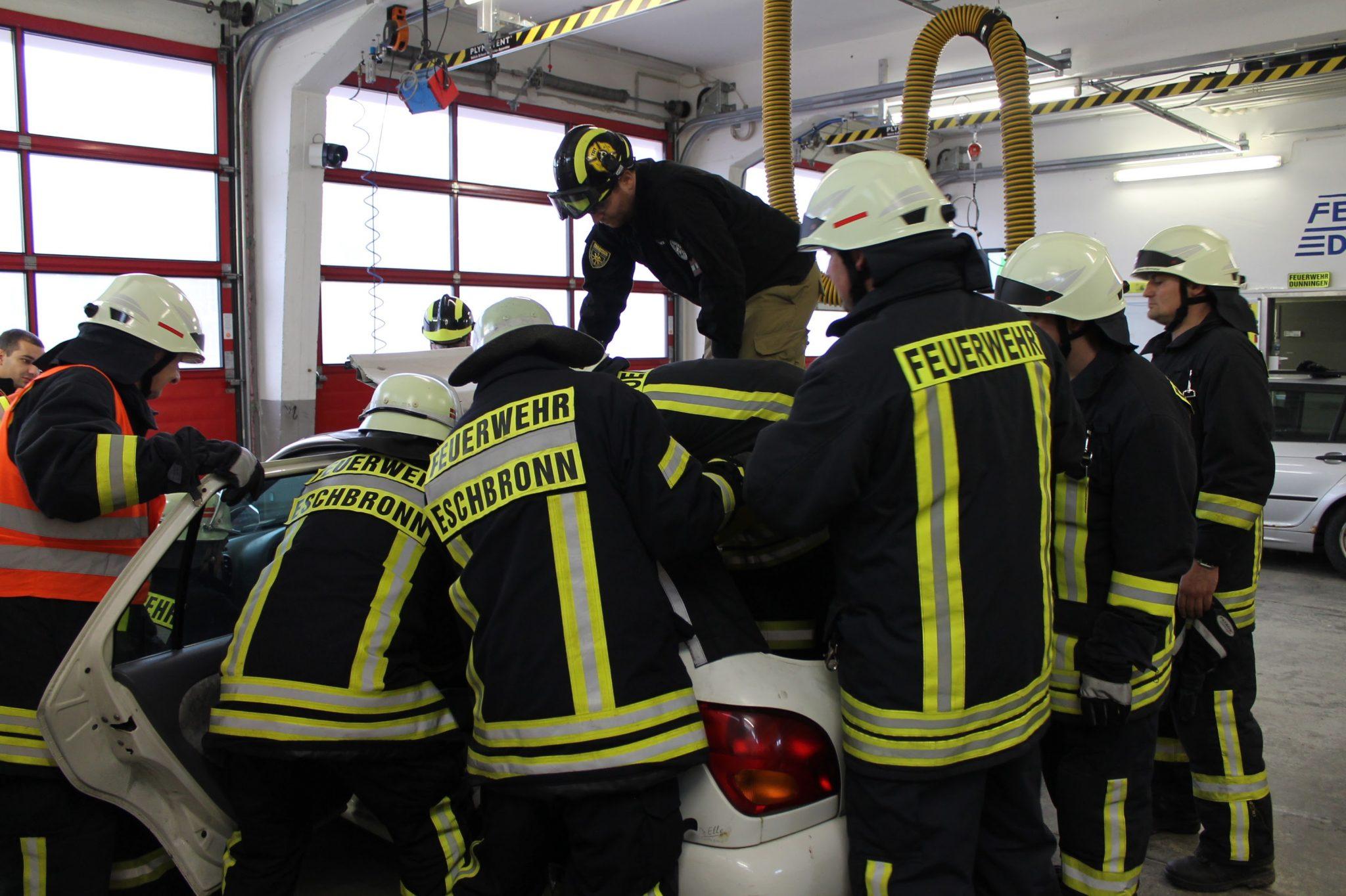 Technische Rettung aus Fahrzeug