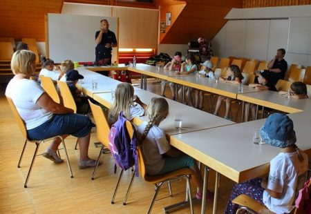 Kindergartenbesuch Feuerwehr Eschbronn 2017